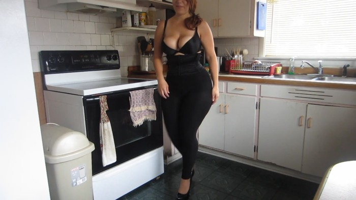 She's the total package. Big tits, big ass and big hips.