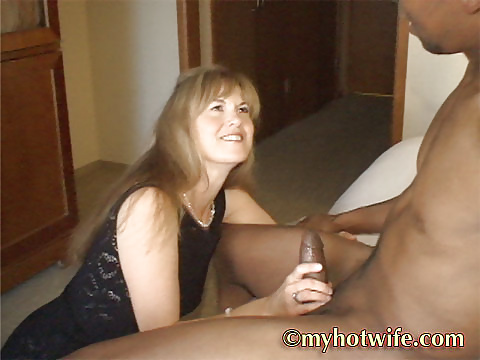 Hot Wife Jackie getting ready to suck
