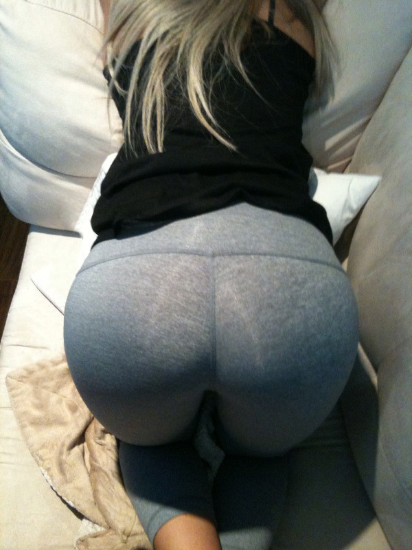 Could stare at her ass in yoga pants for hours