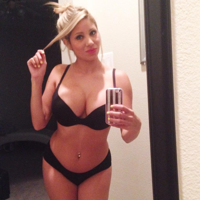 Hot big tit selfie in bra and panties
