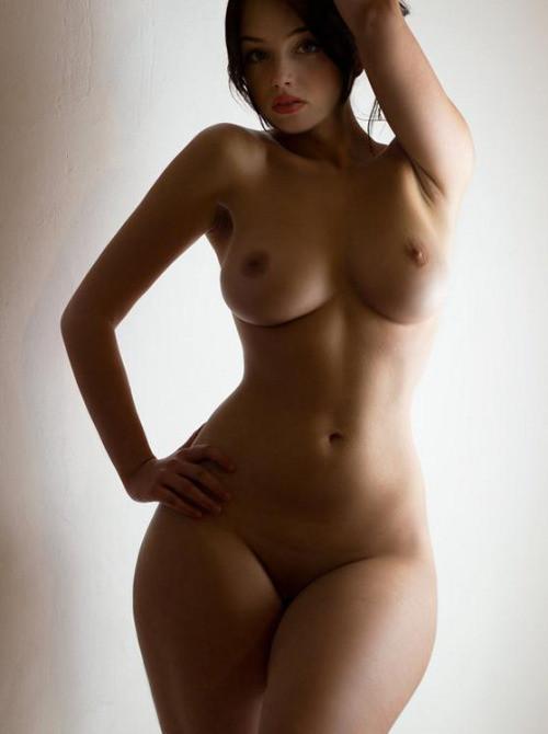 Small Waist Big Thighs Pics