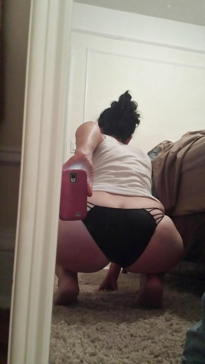 Selfie of my big fat booty