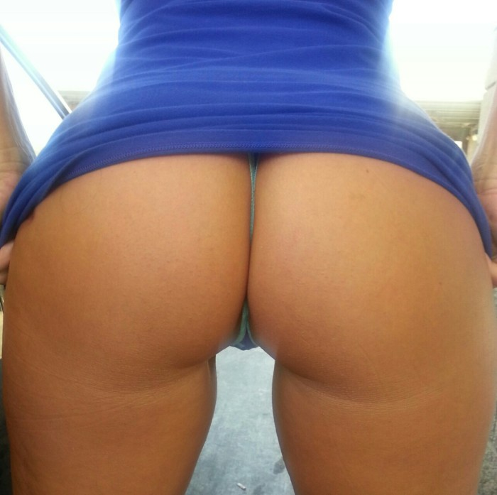 His wife has quite the big hot ass
