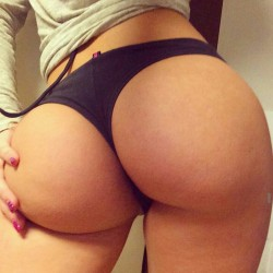 Big round ass in cotton thongs