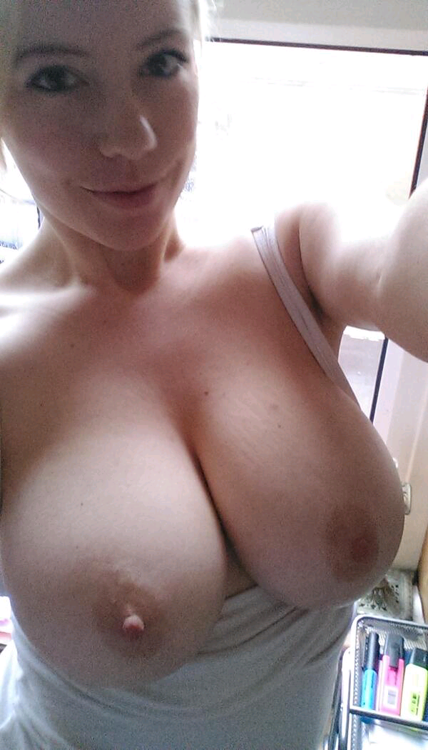 Sexting images of tits — pic 11