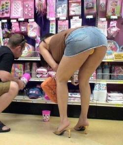 Foto Upskirt Supermercado 37
