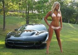 Hot bikini babe with a Corvette