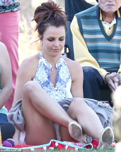 Britney Spears shows white cotton panties