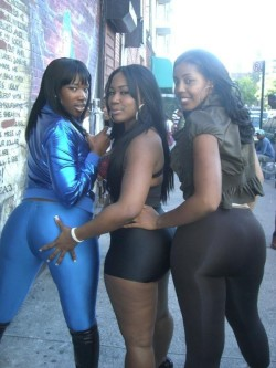 Nice big fat black asses, mmm