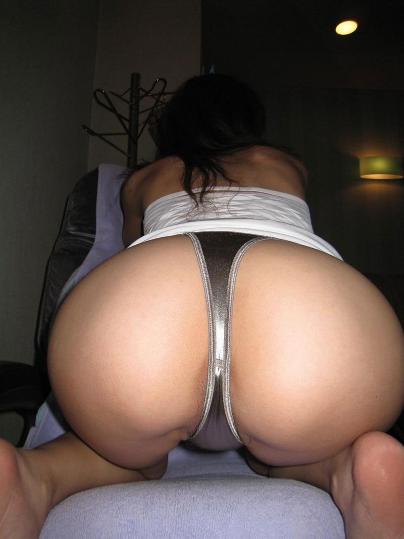 Bent over pussy in thong