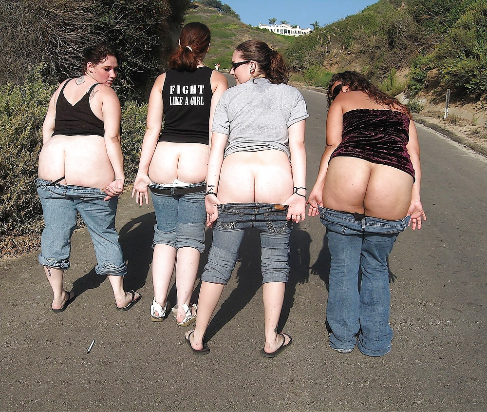 Mooning reddit girls