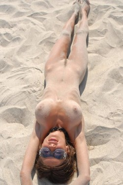 Big Tit College Girl Playing in the Sand
