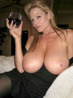 Cougar tits that must be worshiped