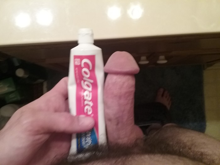 Toothpaste on clit