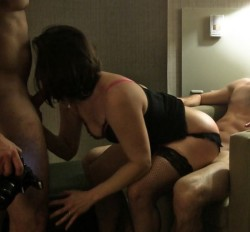 Any cuckold would love seeing their wife do this!