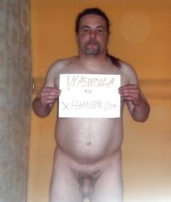Oliver Kaufmann zeigt sich auch auf Xhamster völlig schamlos nackt.