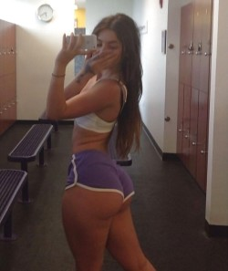 Big Booty in the Locker Room