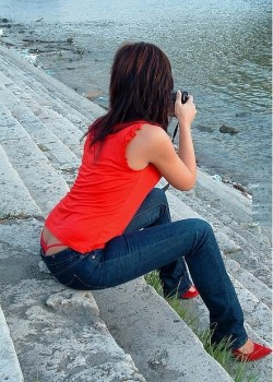 Hot Wife Spotted with a Red Whaletail Showing