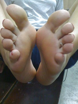 Bare Feet That Are Ready to Sniff