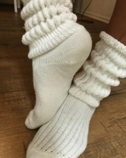 Fluffy white socks to jerk off to