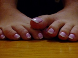 Foot princess toe teasing me