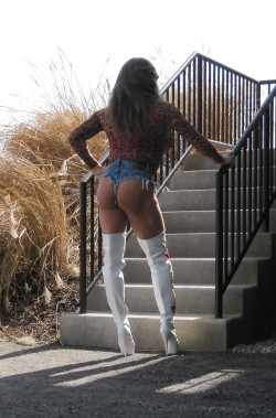 Rachel St.Clair in Daisy Dukes and CFM Thigh Boots