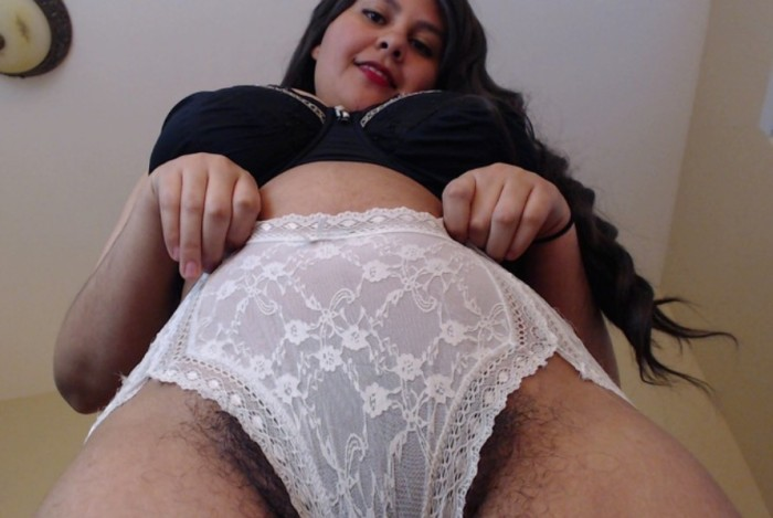It Happened to Me: I Masturbated to a Middle Eastern Mistress with a Hairy Pussy