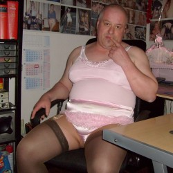 Fat sissy posing