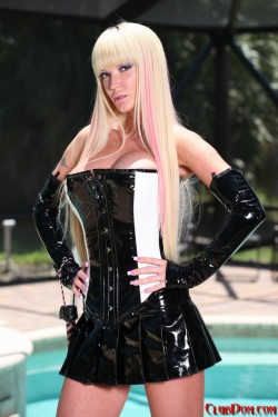 Latex Domme That Loves Fucking Men Up