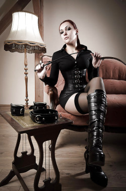 Mistress Collars Her Foot Worship Slaves