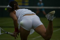 Vojislava Lukic Keeps Vajayjay Cooled Off Using Thongs