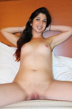 Watch Desi indian bhabhi