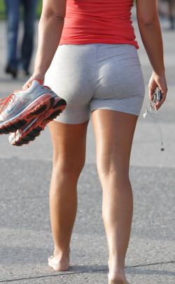 Milf goes barefoot in public