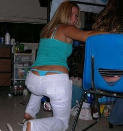 How to rock a matching whale tail