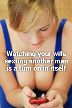 Wife sexting another man is a turn on for husband