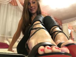 Feet slaves can't resist pretty painted toes