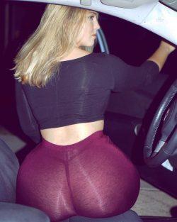 Fat blonde booty girl in sheer leggings (VTL!)