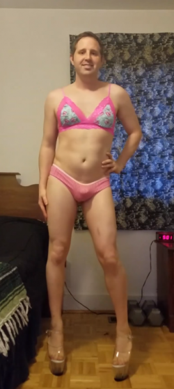 Denver Sissy Shoemaker Begins Slut Transformation