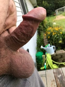 Showing off outside, is it really that small?