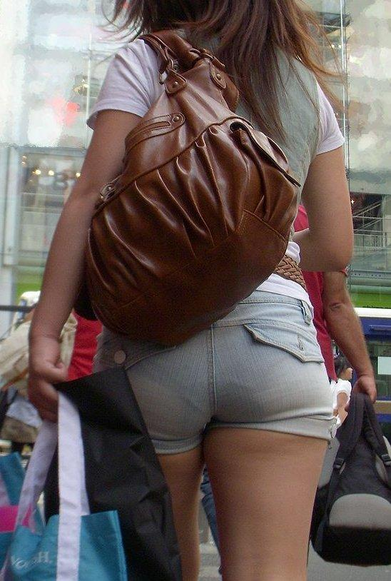 Panty Lines Showing Through Sexy Jean Shorts