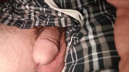 Wants a good sucking. Only thing it's gonna get is cucking.
