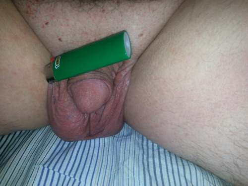 It is a mini Bic on my mini dick
