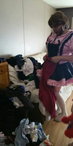 Sissy Endures 13th day all locked up in princess belt