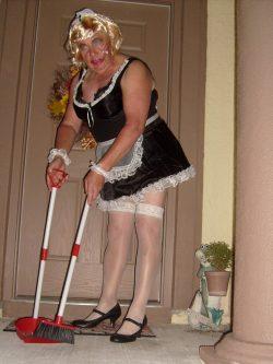 Sissy Maid at Work