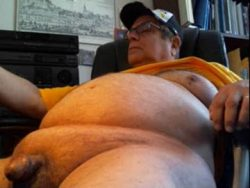 LittleDickWanker Jay: 290 LBS w/max 2 inch erection and C CUP TITS