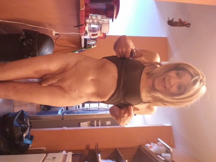 66 year old sissy from Roseville Michigan looking for Dominant and exposure