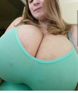 Texting my sister shes pretty and joking about her boobs… She sends me this.. I wanna fuck ...