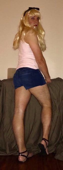 Sissy Blondie in Her Booty Shorts