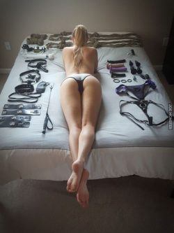Ready and waiting for you Sissy!💋