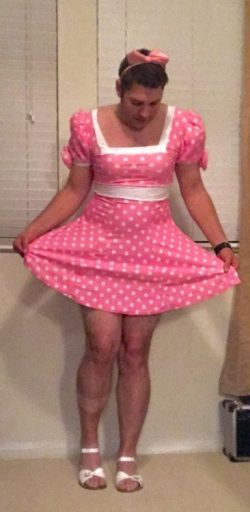 Feeling pretty in my sissy pink polka dots